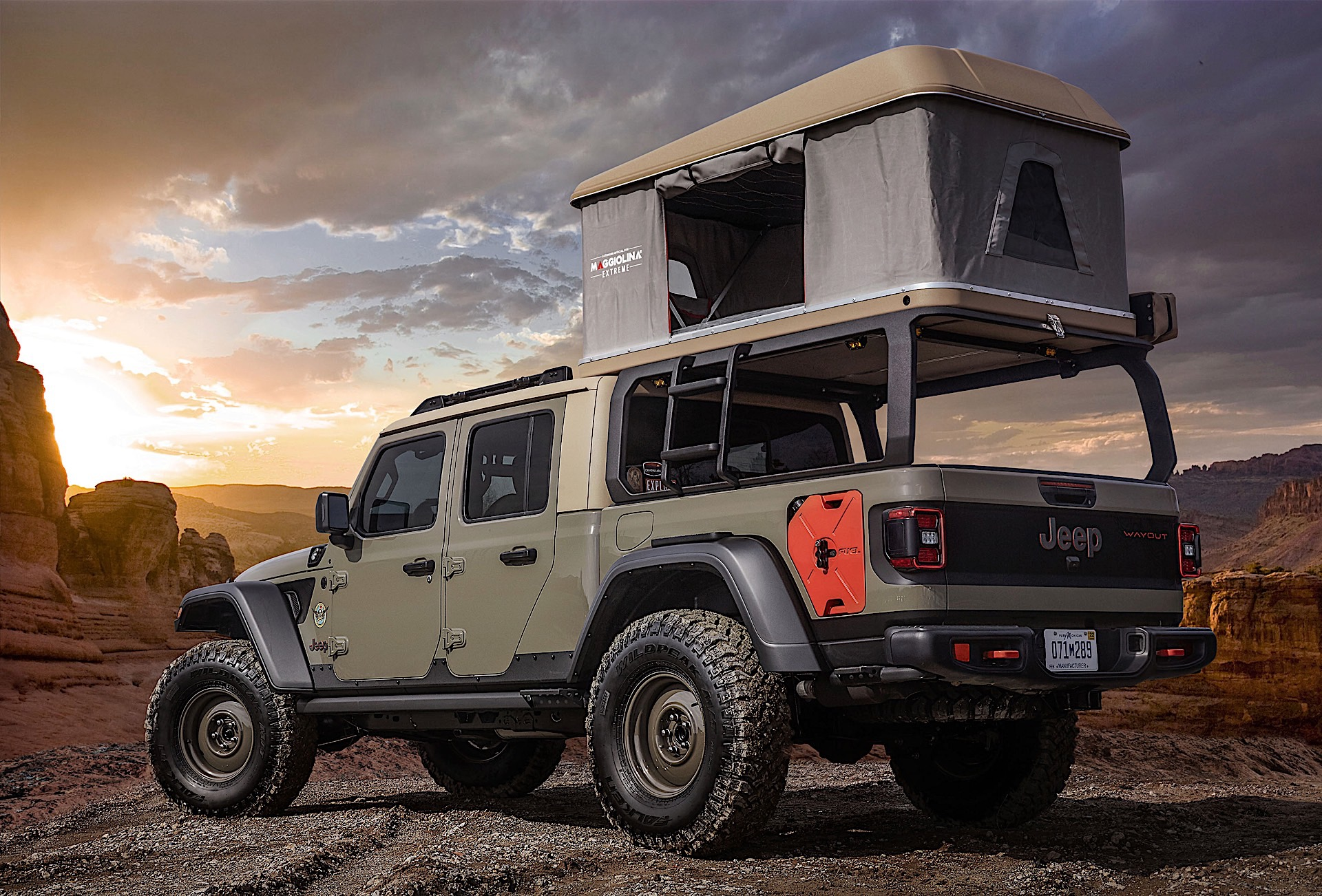 Pickup Truck Bed Tent >> 2020 Jeep Gladiator Pickup Truck Dominates 2019 Easter Jeep Safari Concepts - The Drive
