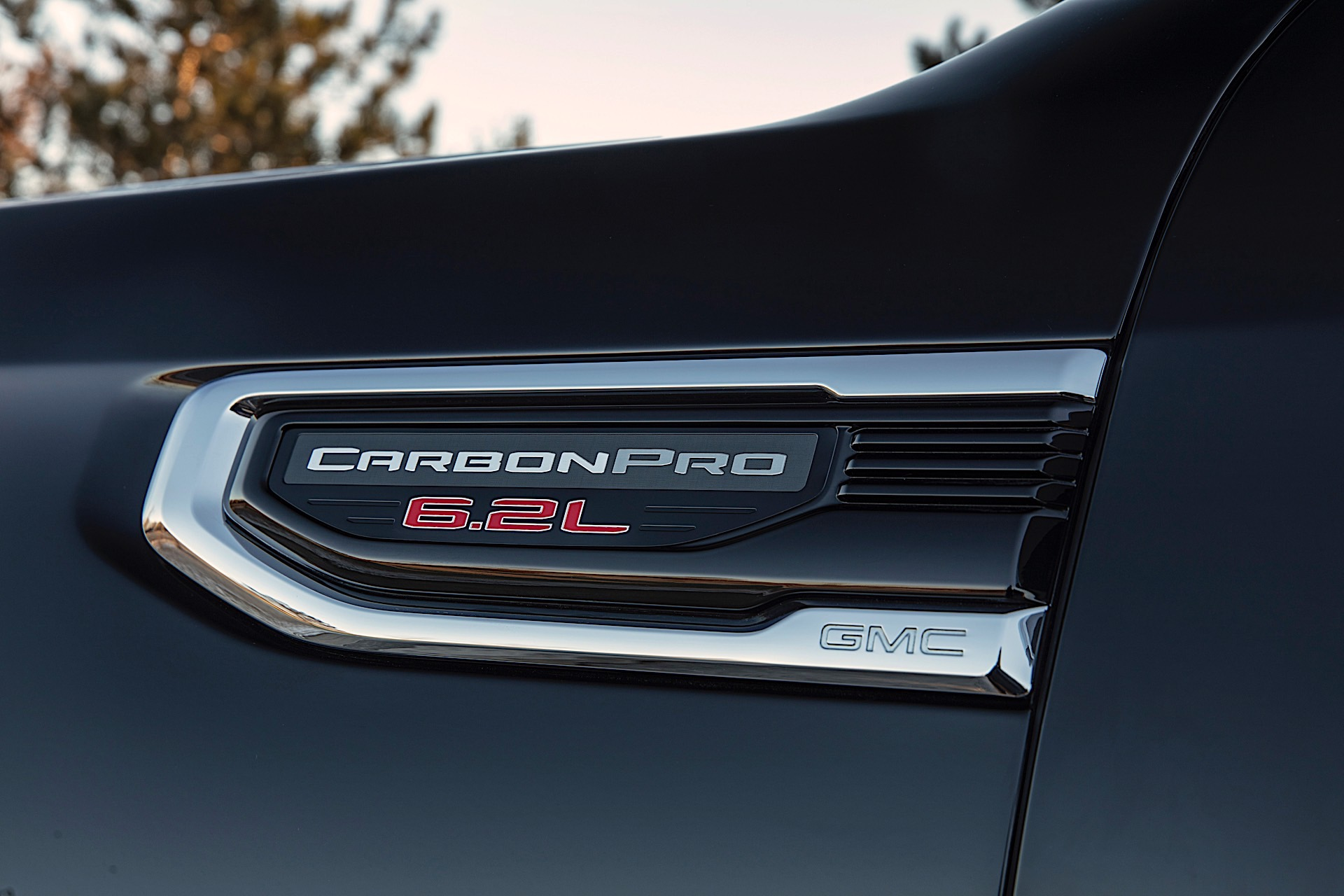Watch GMC's Carbon Fiber Pickup Truck Bed Be Violently ...