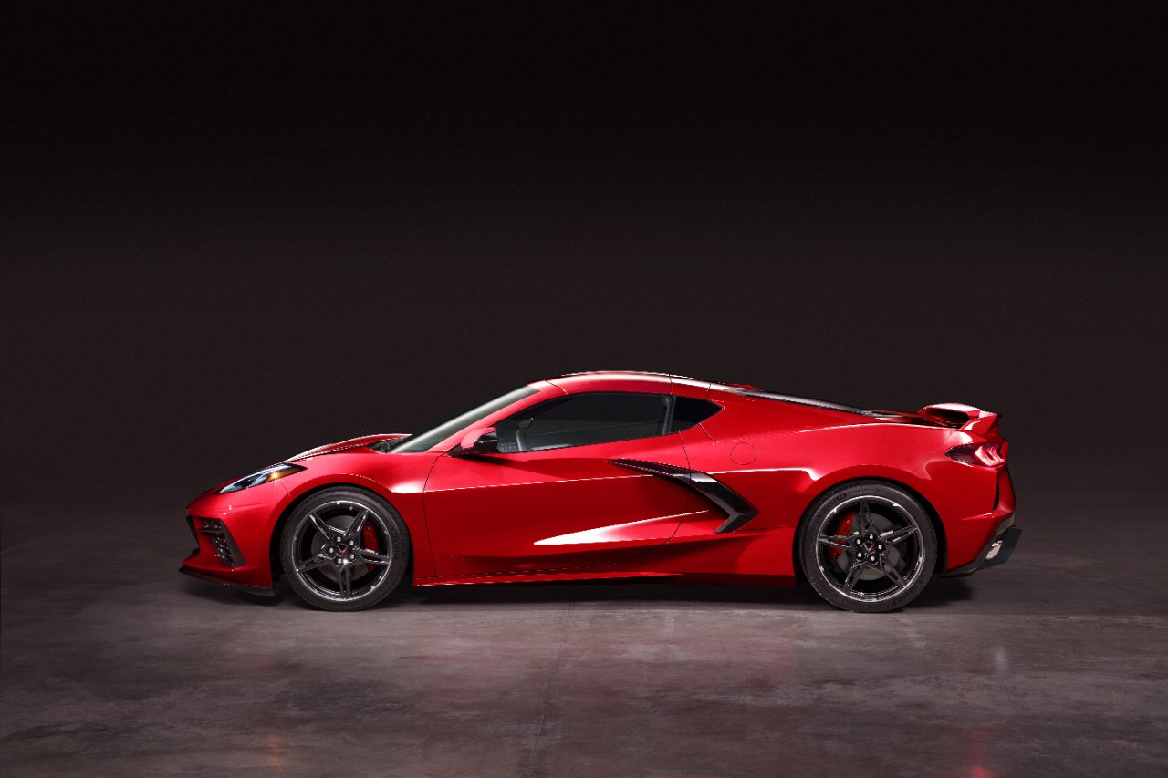 The 495-HP, 2020 Mid-Engine Chevrolet Corvette Is Here ...