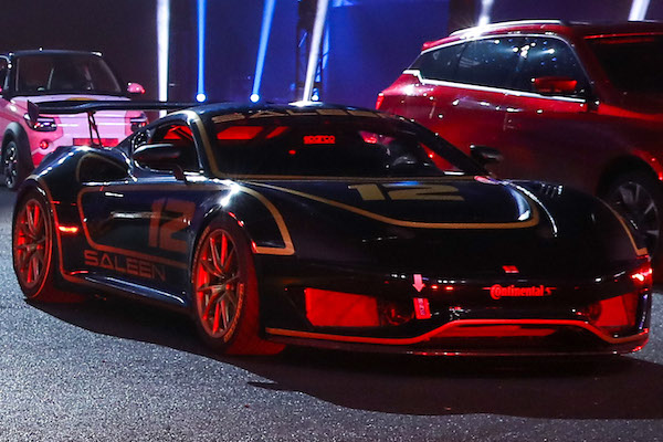 2020 Saleen S1 Could Be Your Three-Pedal, Mid-Engined ...