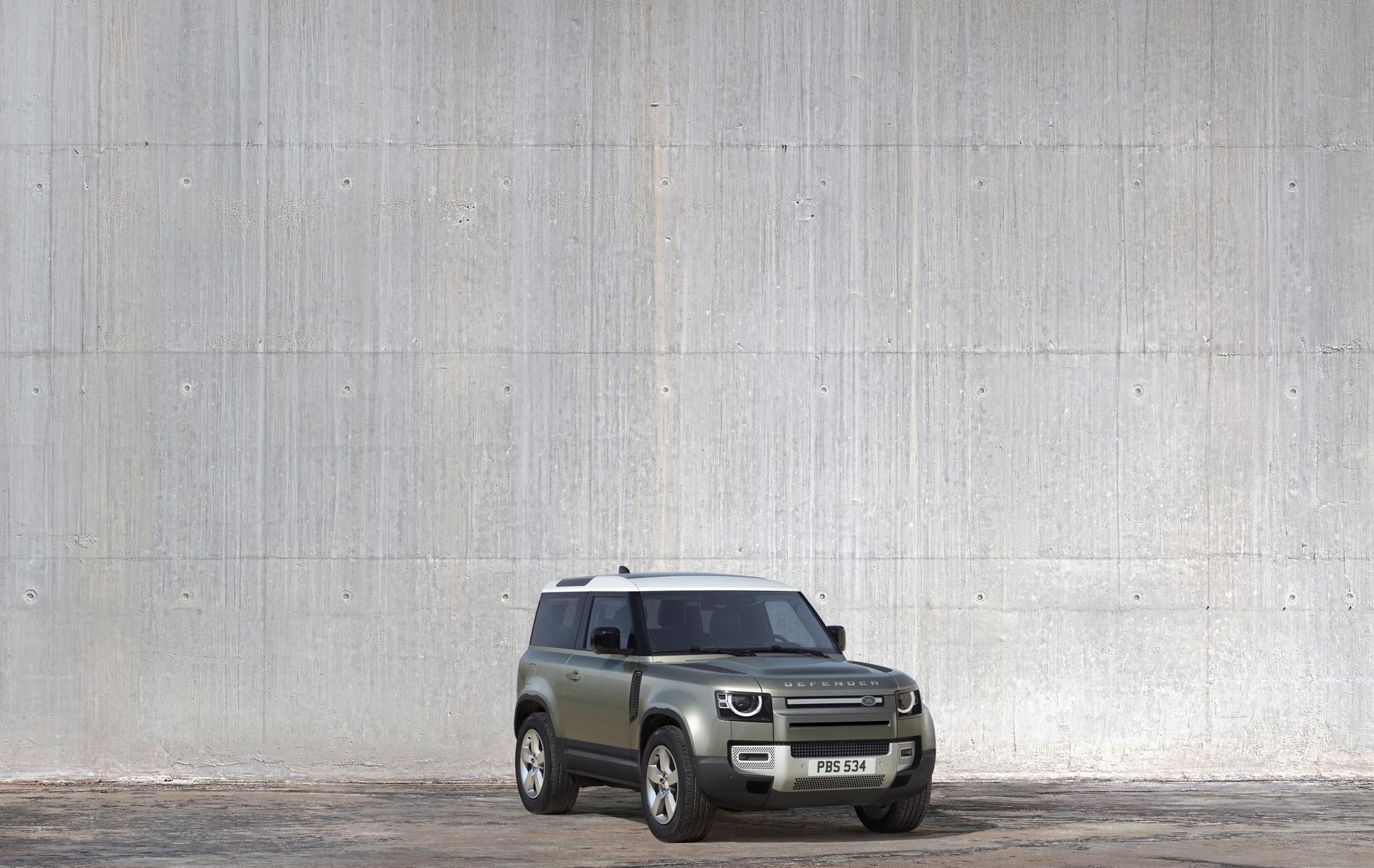 The 2020 Land Rover Defender Is Ready to Conquer Mountains