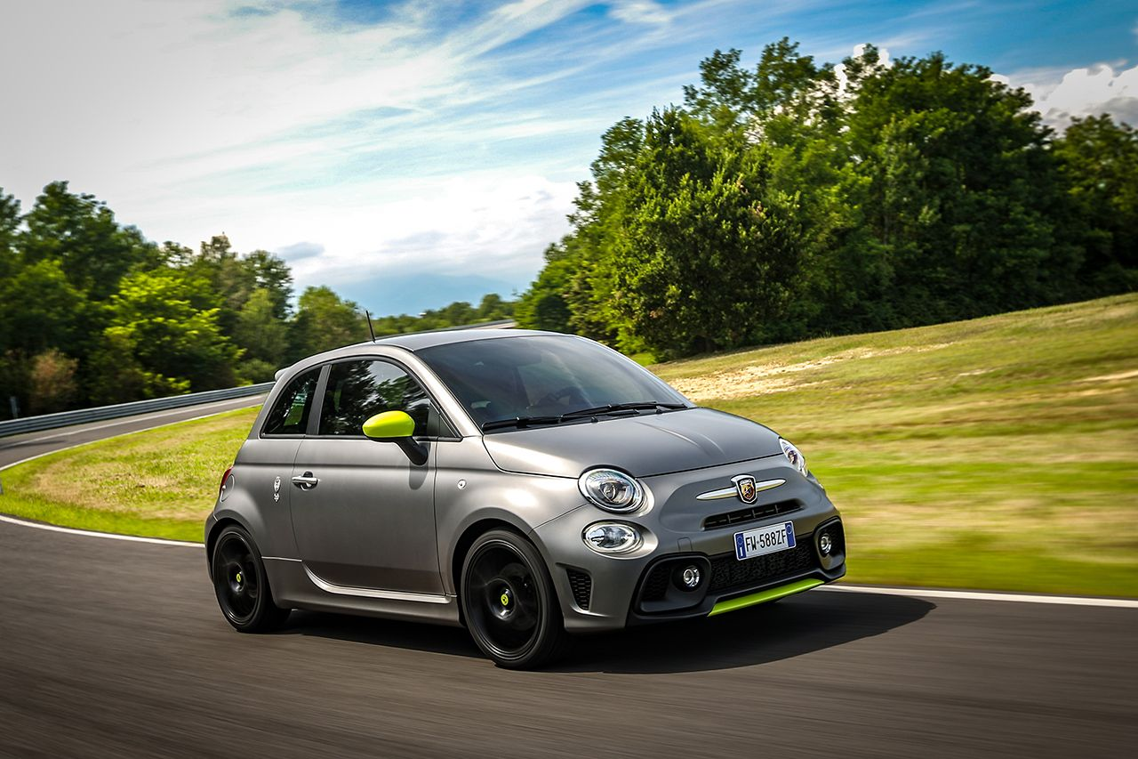 Behold The 165 Hp 2020 Fiat 500 Abarth 595 Pista We Won T