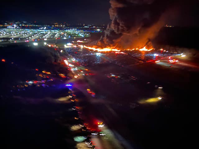 Fire at Southwest Florida International Airport destroys 3,500 rental cars