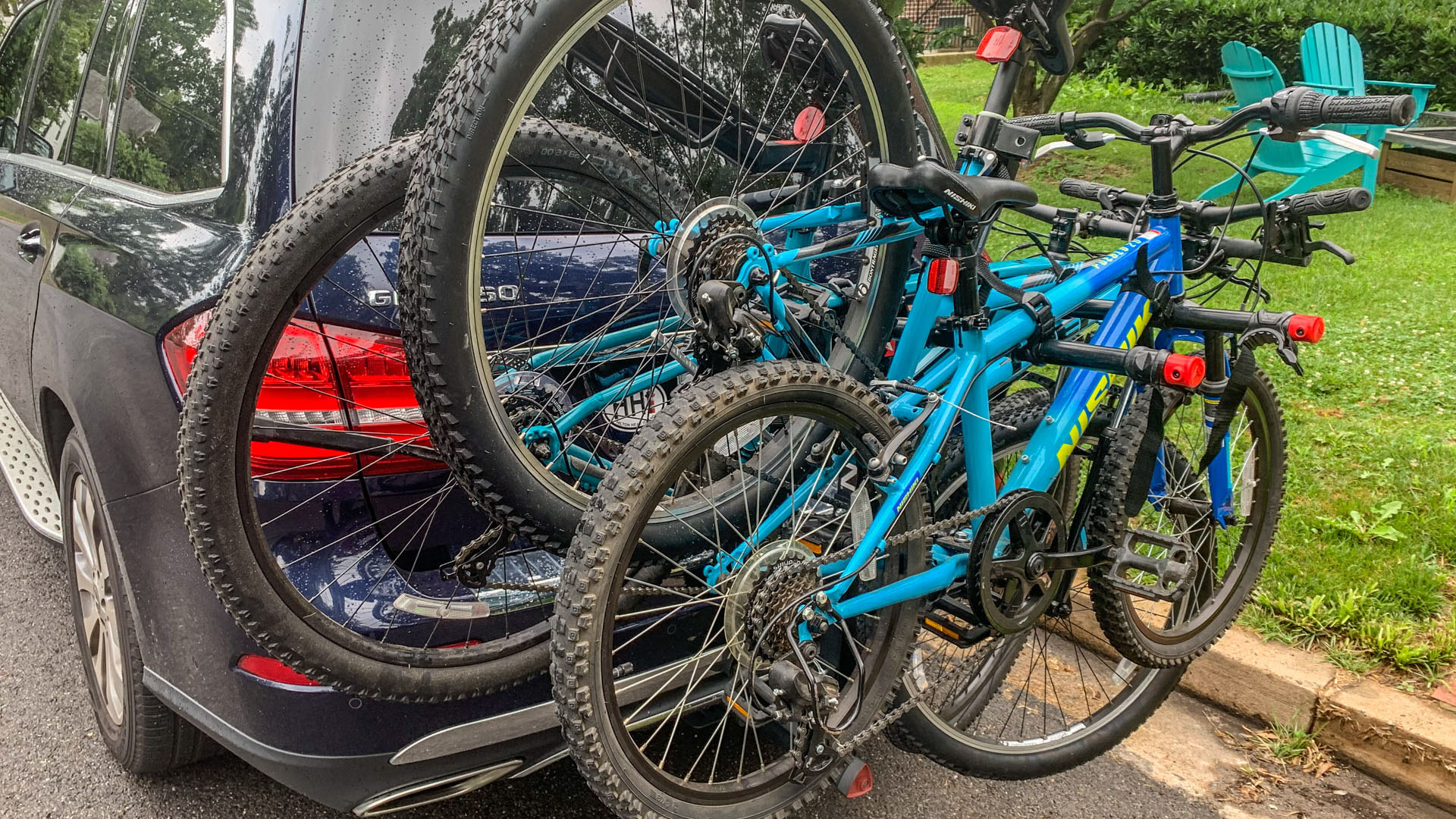 The Allen Sport rack loaded with bikes.