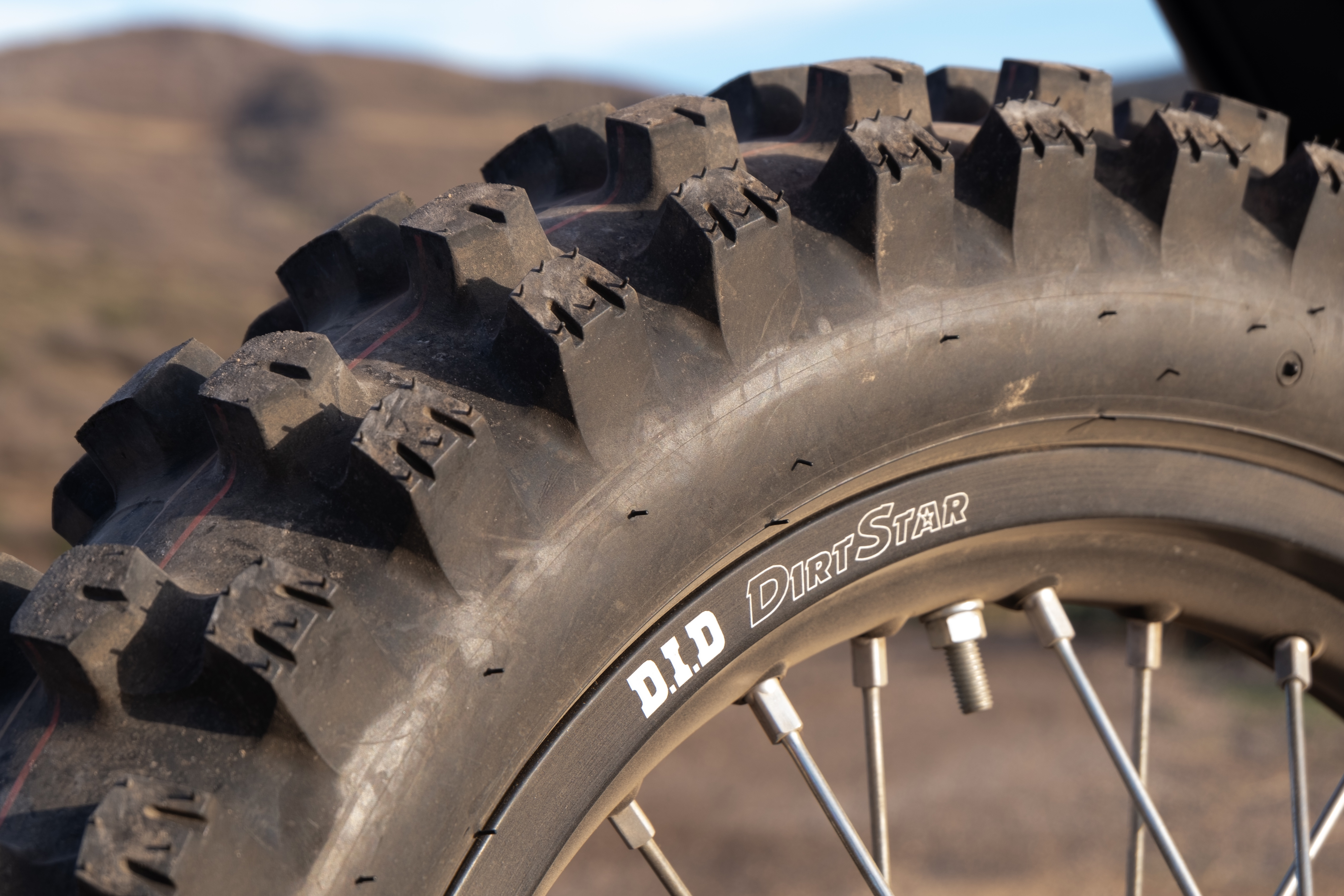 The tires on the CRF450RX.