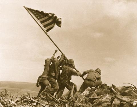 01_rising-the-flag2