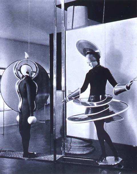 """Metropolis"" like Triadic Ballet costumes."