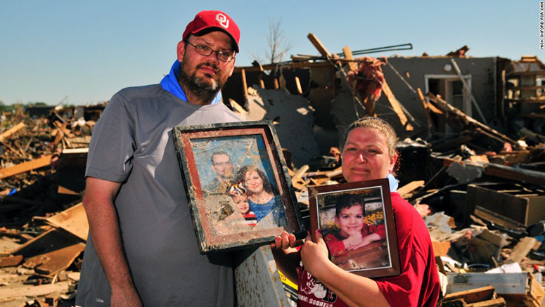 Thomas and Lisa Jones of Moore, Okla.
