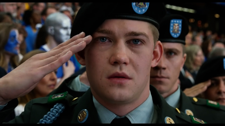 Billy Lynn salutes in the stadium - from teaser