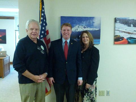 Tom Del Ruth, Oregon State Senator Tim Knopp, and Patricia Del Ruth.