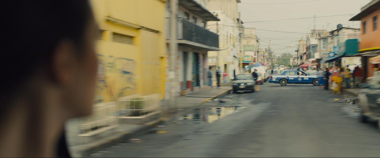Sicario trailer Kate car POV