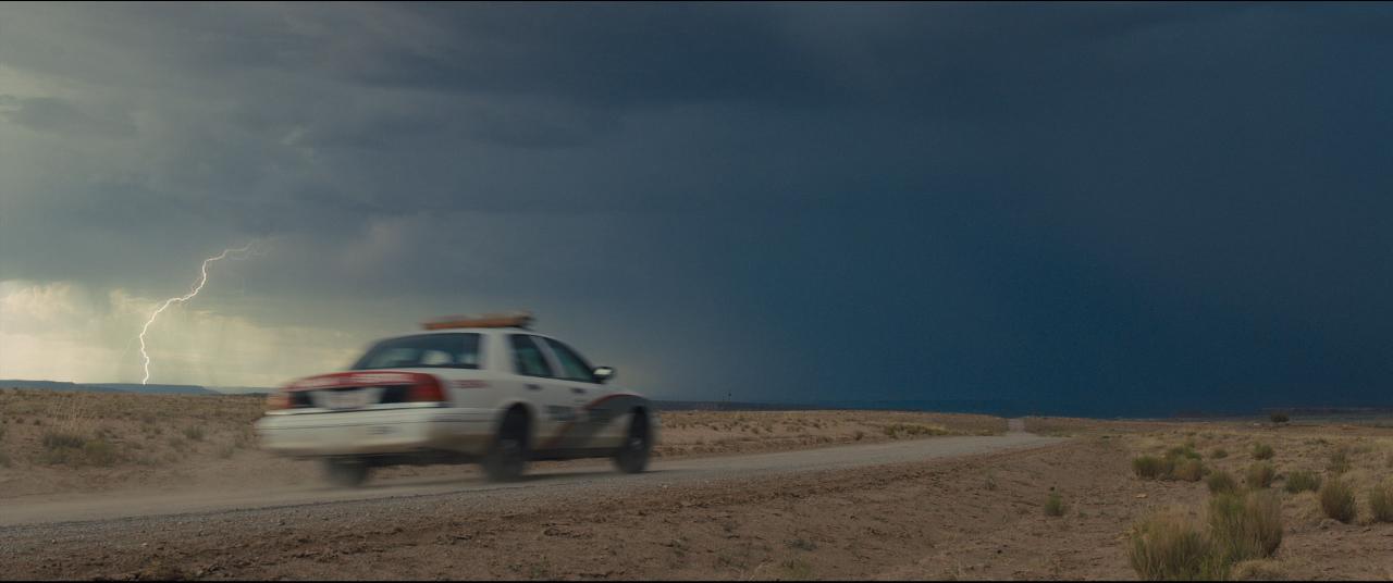 Sicario trailer lightning bolt