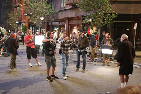 Steve sets up a shot on the set of TWO AND A HALF MEN.