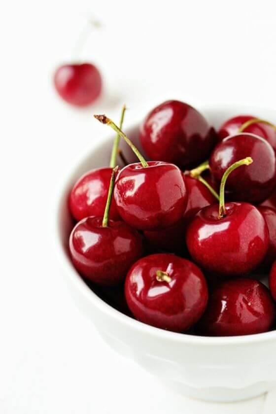 2011 06 06 Cherry Crisp Jars