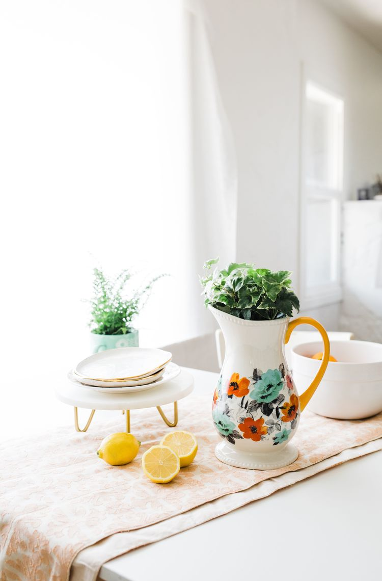 2018 04 Iha Creative Planters You Can Find In Your Kitchen Pioneer Woman 8 Resize