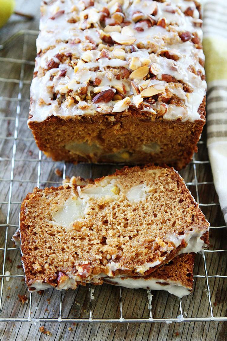 30 Pear Bread With Almond Streusel 1