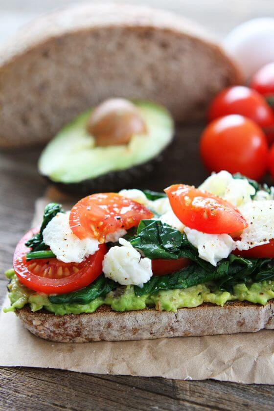 31 Avocado Toast With Scrambled Eggs And Spinach 2