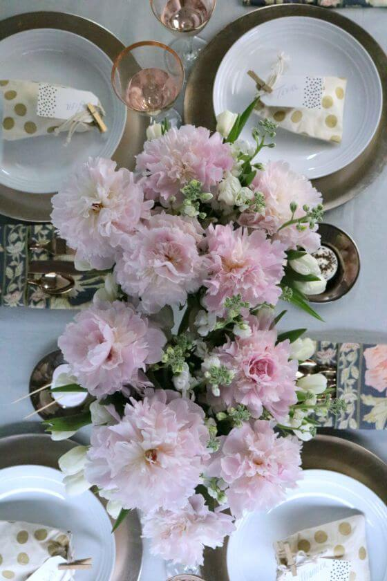 4 Gold Inspired Bridal Shower Tablescape Krayl Funch For Iha 3198