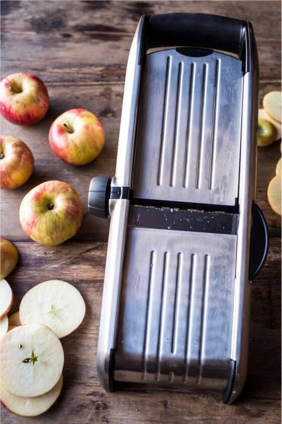 Apple-Butter-Glazed-Ham-1resize