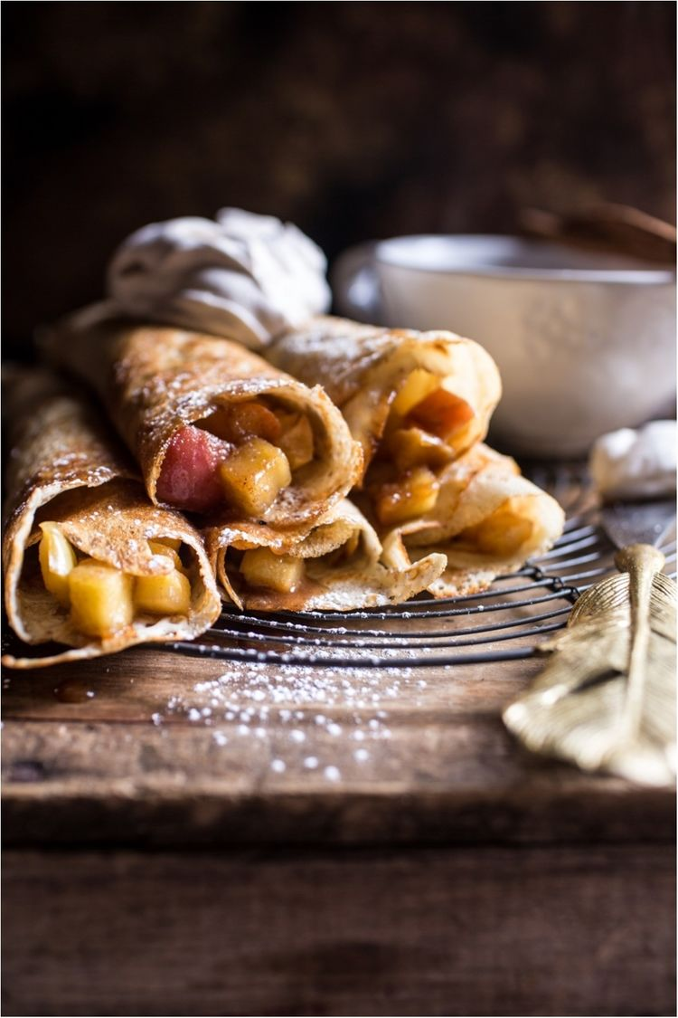 Apple-Pie-Crepes-with-Whipped-Pumpkin-Spice-Mascarpone-4-resize