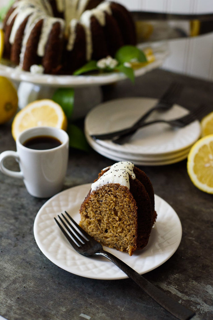 Banana Poppyseed Cake 25