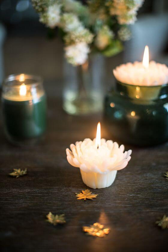 Candle Light Mums Resize