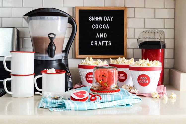 Get Cozy with An Afternoon of Cocoa and Crafts
