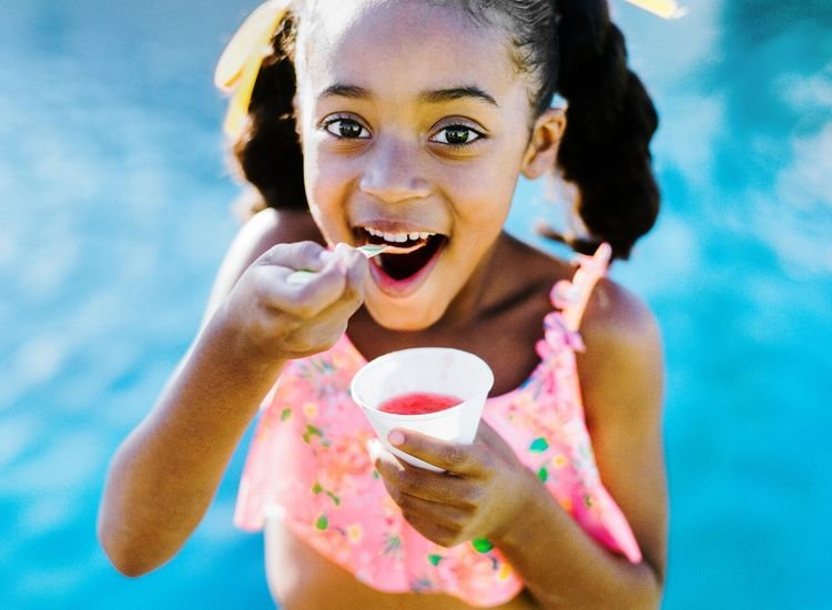 A Backyard Ice Cream Party to Fend Off Summer Cabin Fever