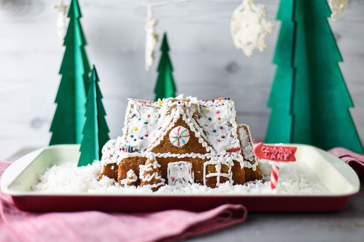 With This Pan, Making a Gingerbread House with the Kids Is a Piece of Cake