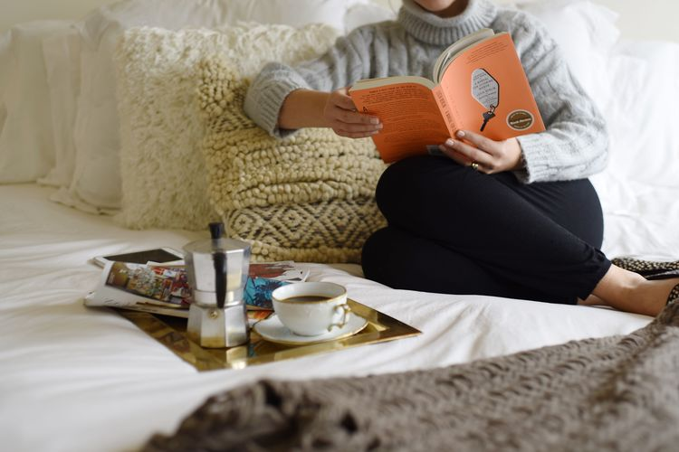 Four Ways to Cozy Up Your Bedroom This Winter