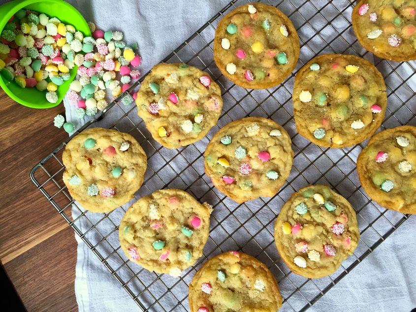 Vanilla Mint Drop Chip Cookies recipe