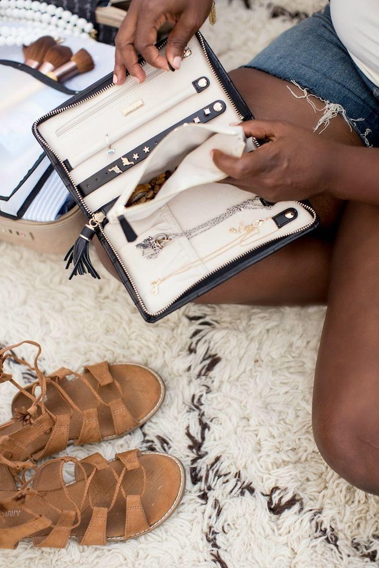 Summer-Travel-Packing-Tips-4