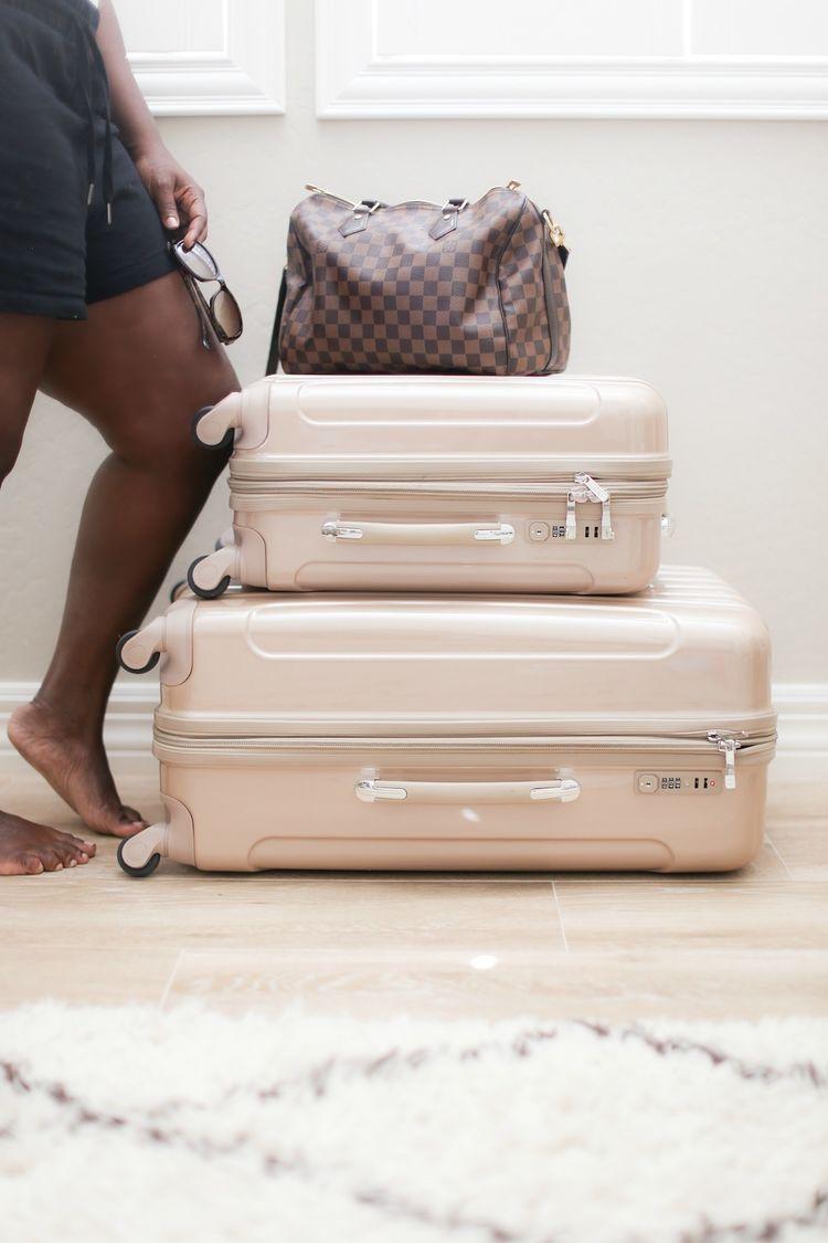 Summer-Travel-Packing-Tips-1