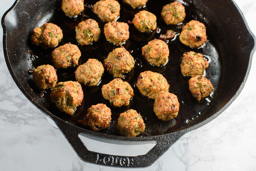 Meatballs With Pom Glaze 02