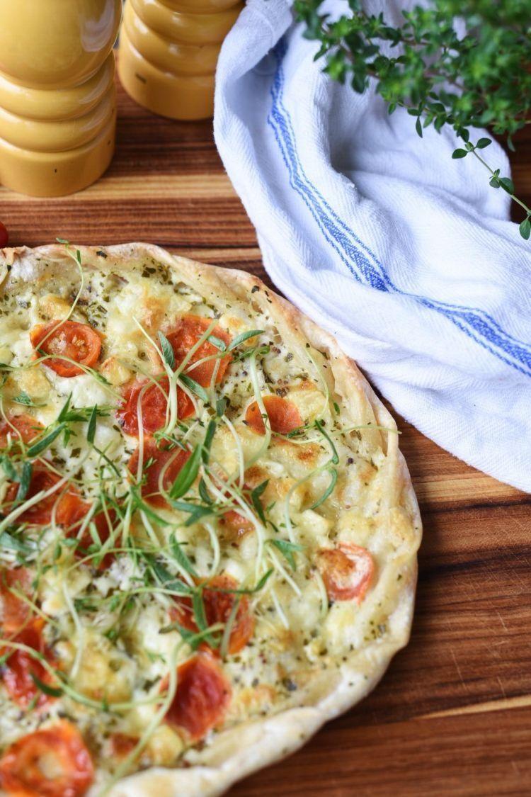 Pesto Flatbread With A Homegrown Microgreens Salad 4079Cad18F44E7264Ce41607A732F515