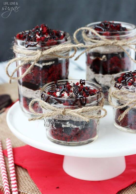 Red Velvet Oreo Trifle In A Jar6