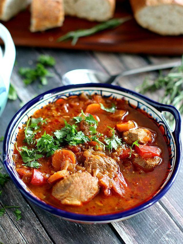 Slow-Cooker-Pork-and-Veggies-Goulash-Peas-and-Peonies