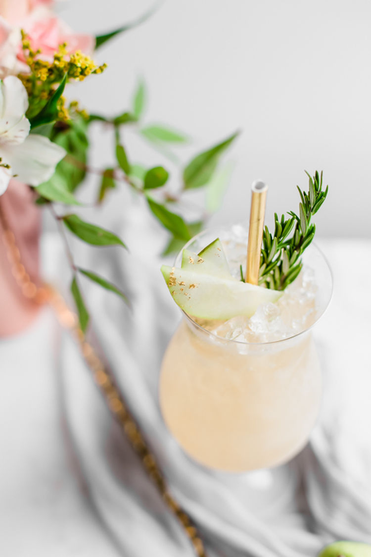 Spiced Pear Cocktails 11