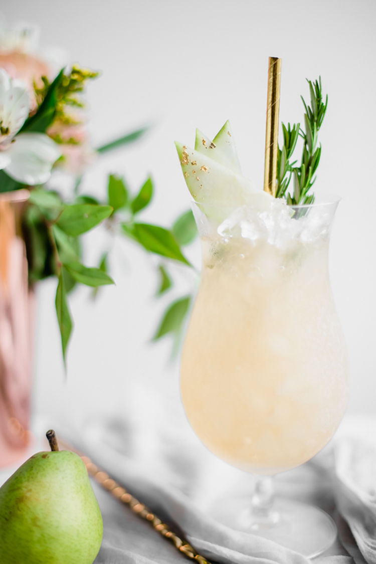 Spiced Pear Cocktails 7
