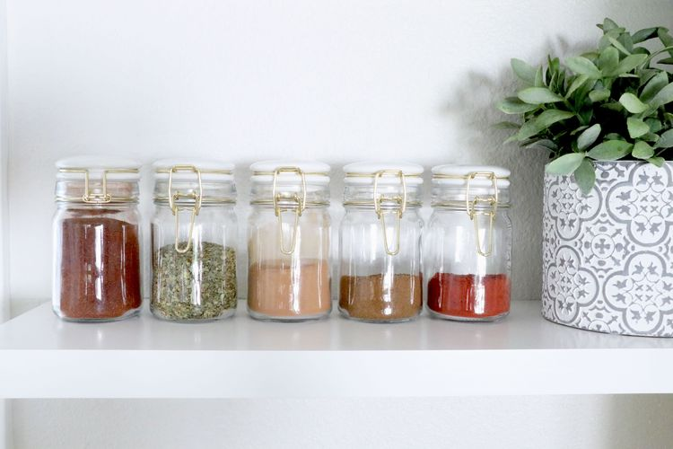 The Top 5 Spices You Need In Your Pantry and How to Use Them