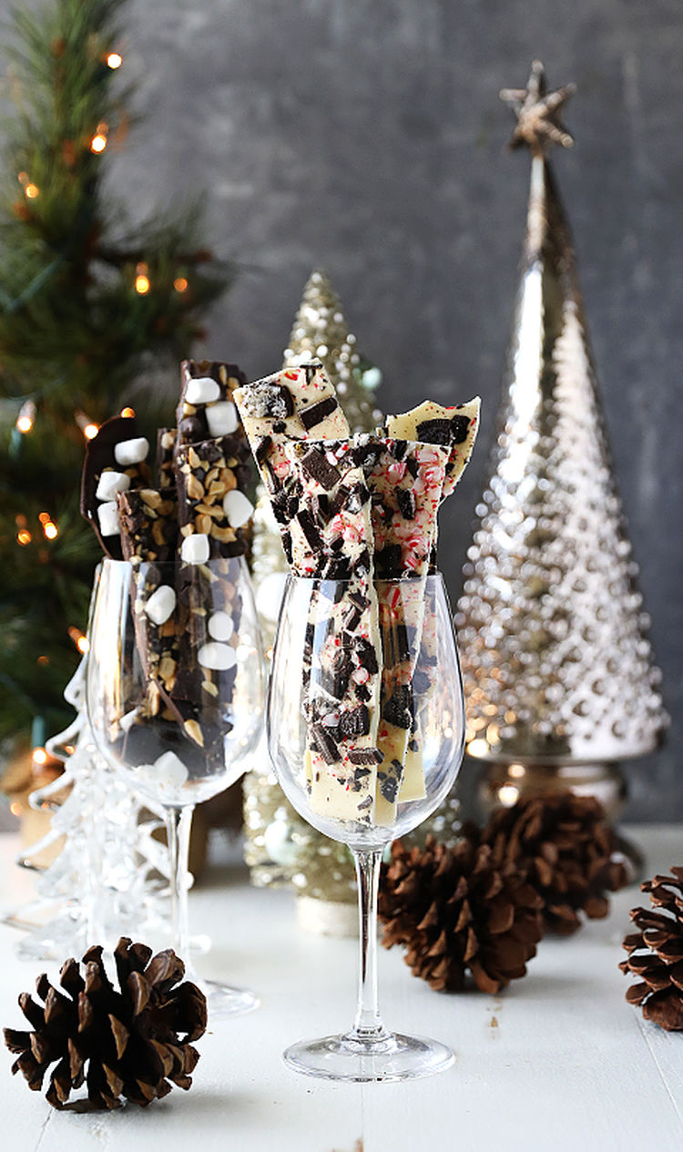 How to Make Homemade Dark Chocolate and White Chocolate Holiday Bark