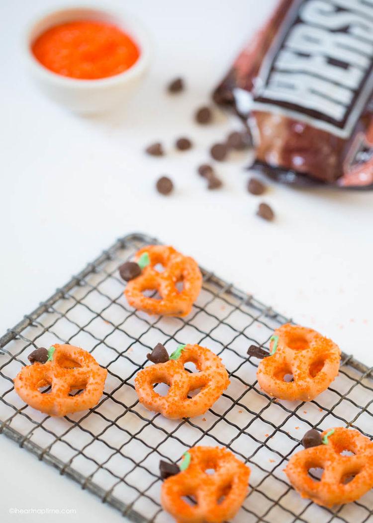 Chocolate Covered Pretzel Pumpkins