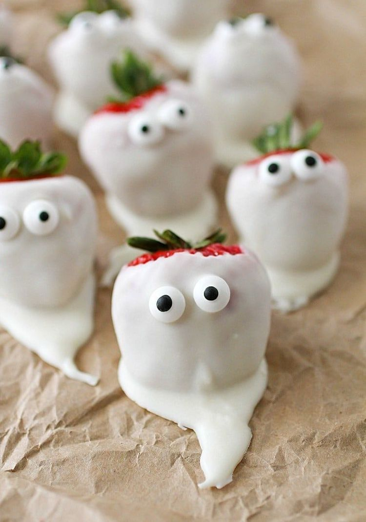 Chocolate Covered Strawberry Ghosts 4