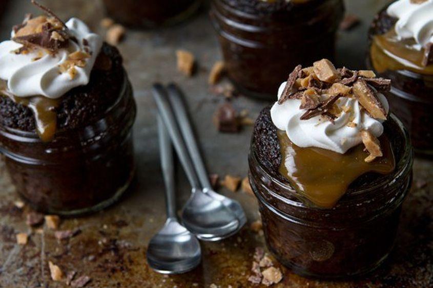 Chocolatetoffeecakes3 Rs