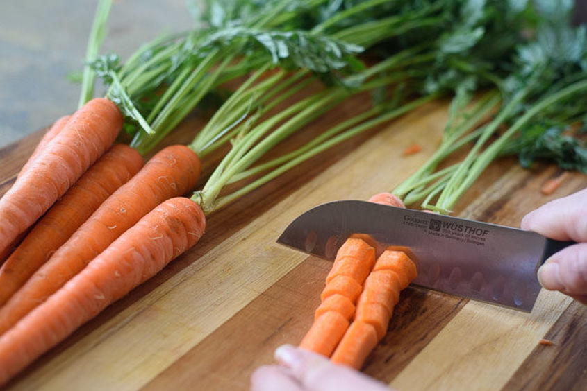 chopping-carrots