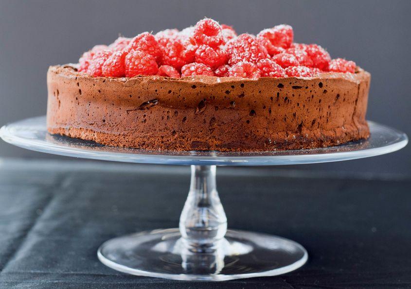 Flourless Chocolate Cake Stand C