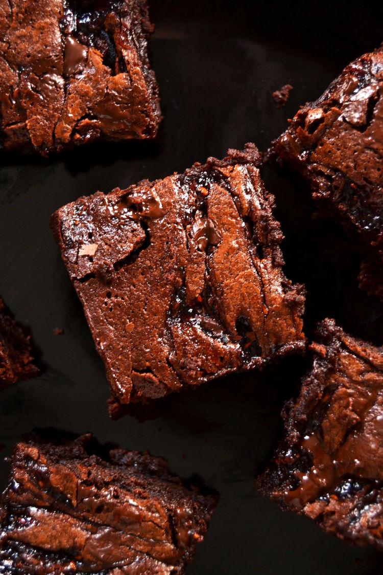 Fudgy Raz Brownies 683X1024