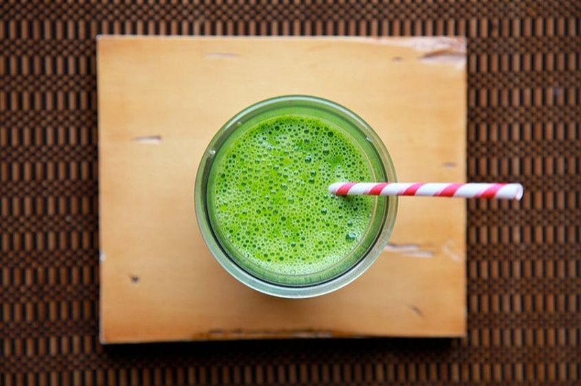 Kale Spinach And Pear Smoothis
