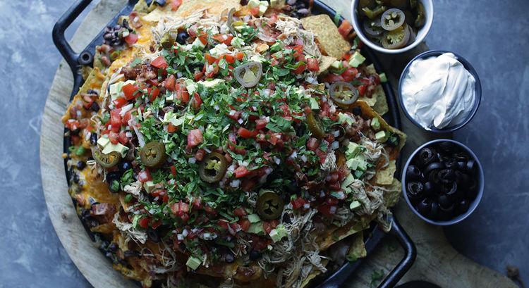 Loaded Slow Cooker Chicken Nachos Recipe