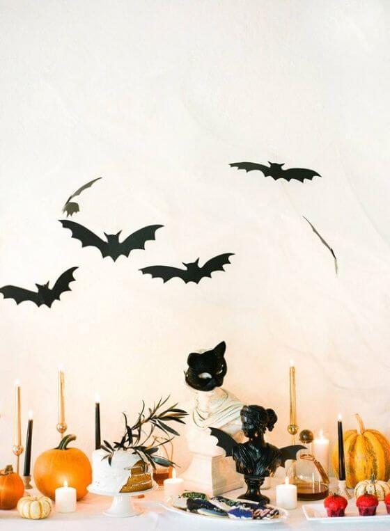 Set A Slightly Spooky Halloween Dinner Party 7